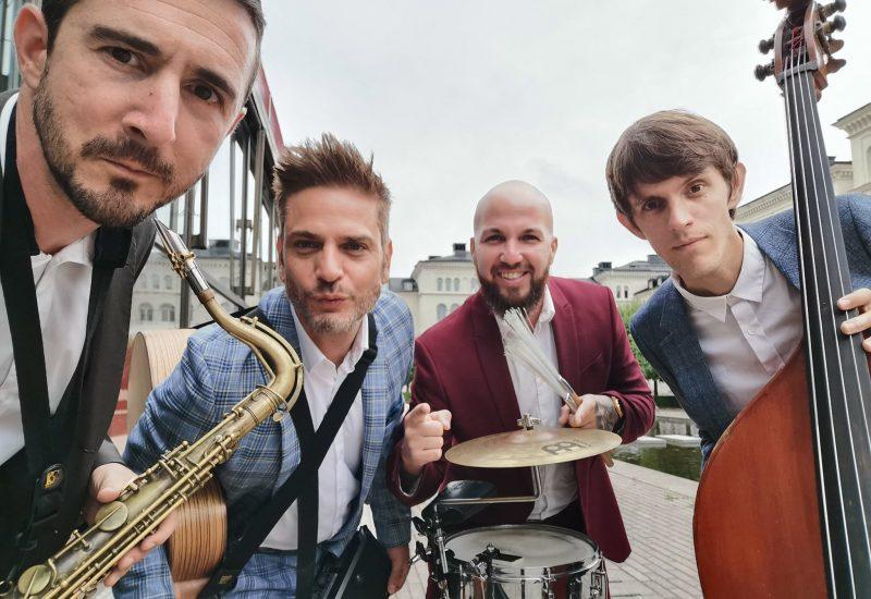 Band B01 pic