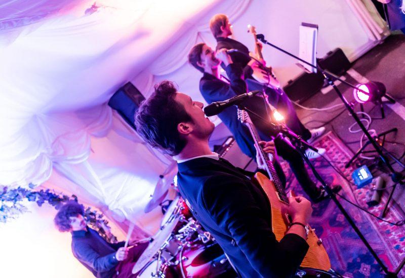 band live B28